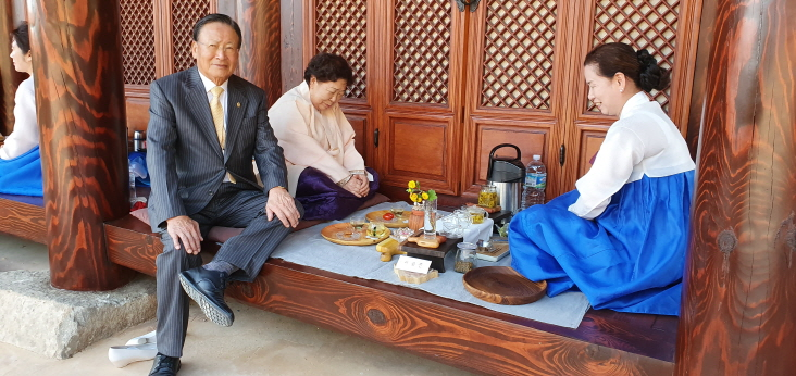 금오 라이온스의 대만中山라이온스 회원 초청 한국 전통 차( 茶) 문화 체험